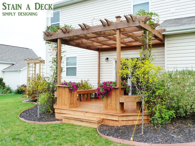 How to Stain a Deck - tips and tricks to easily spray stain a deck