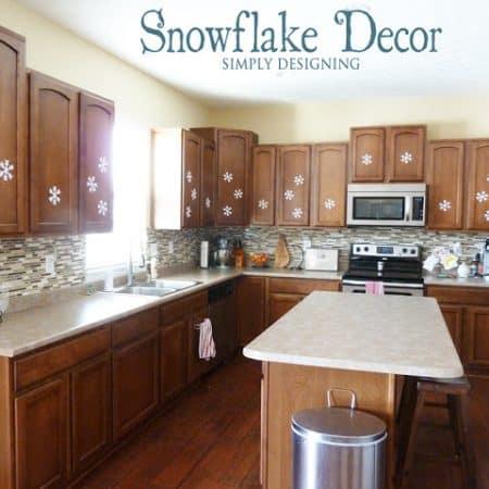DIY Snowflake Decor {Silver and Gold Blog Series}