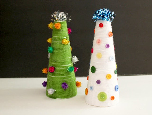 Yarn Wrapped Christmas Trees {Kid Craft}