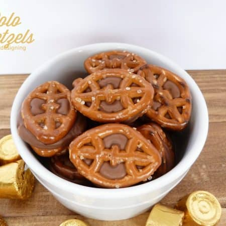 Chocolate Caramel Pretzels (aka Rolo Pretzels): Game Day Style