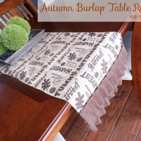 Autumn Harvest Burlap Table Runner #turkeytablescapes