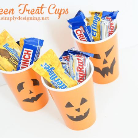 Pumpkin Treat Cups #halloween #fall #candy #crafts