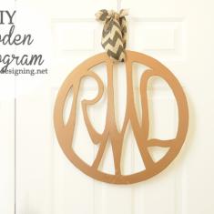 Wooden Monogram   #monogram #diy #diyblogger #homedecor