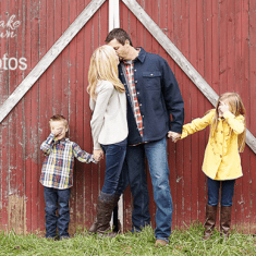 11 Tips to Take Your Own Family Photo