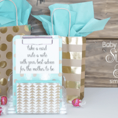 The cutest baby shower idea! Create this cute sign-in table!