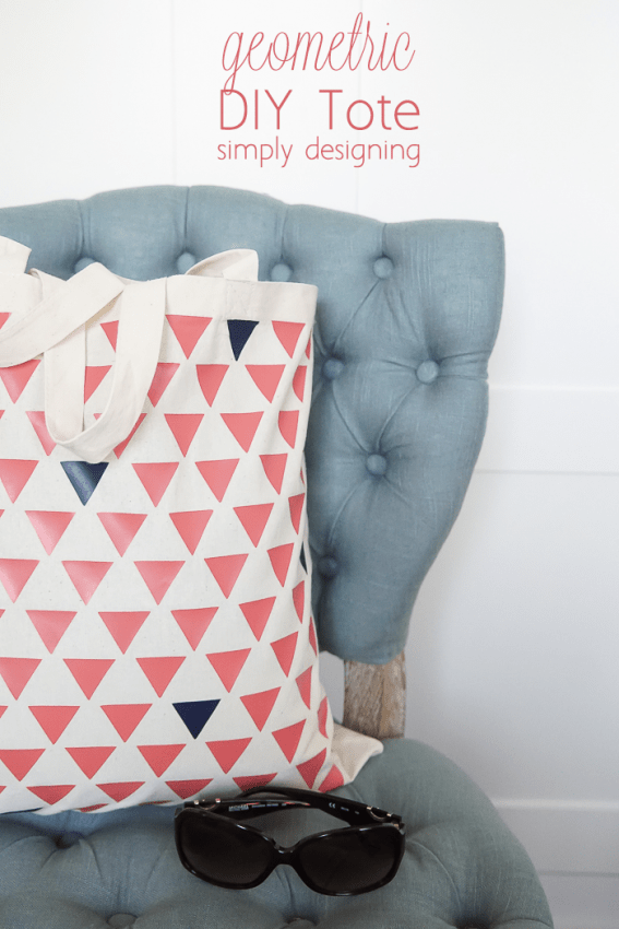 DIY Geometric Tote Bag - this tote is really simple to make and is so fun and modern