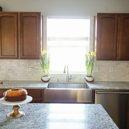 Kitchen Makeover | How to Tile a Backsplash