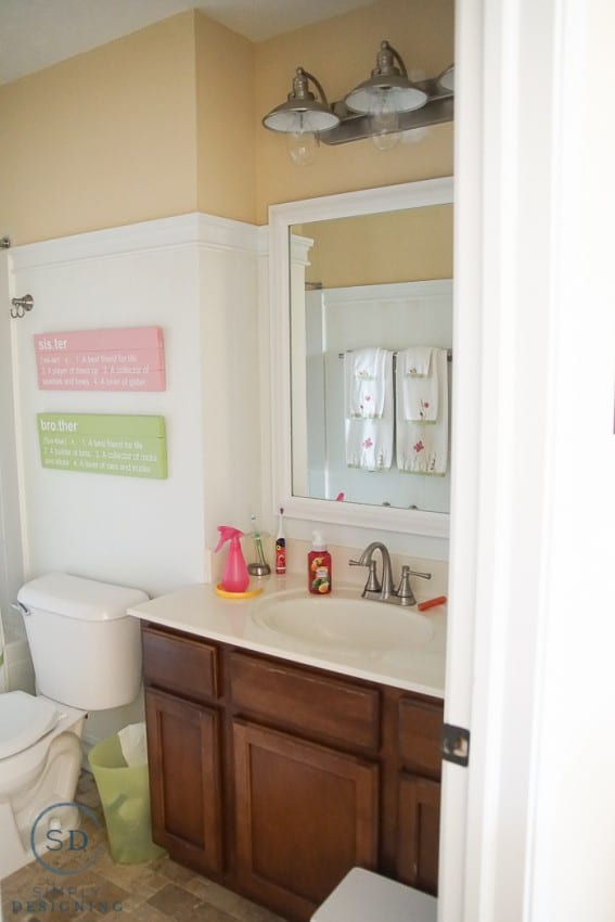 Kids Bathroom Makeover before