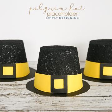 Pilgrim Hat Placeholders - a fun Thanksgiving craft