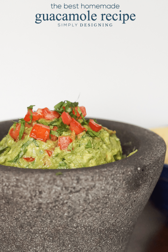 The Best Homemade Guacamole Recipe - this recipe is so simple to make and is a family favorite