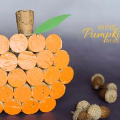 Wine Cork Pumpkin Decor - simple and fun fall craft