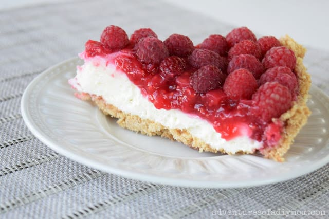 creamy-raspberry-pie-5