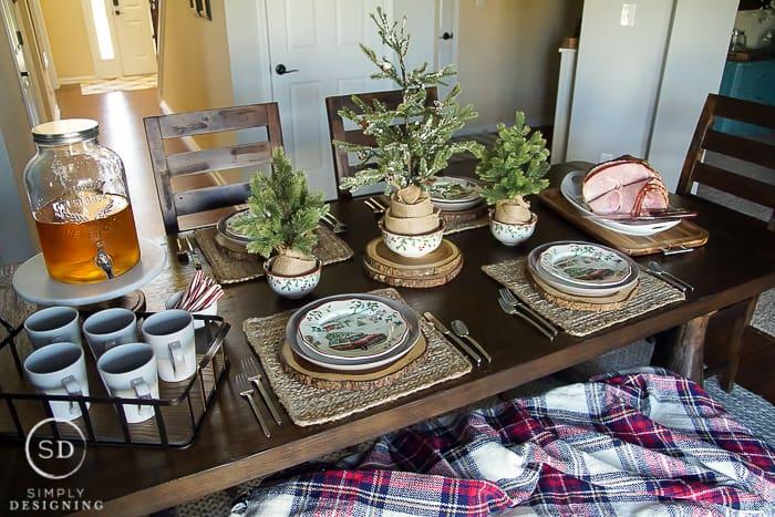 Farmhouse Holiday Table Setting