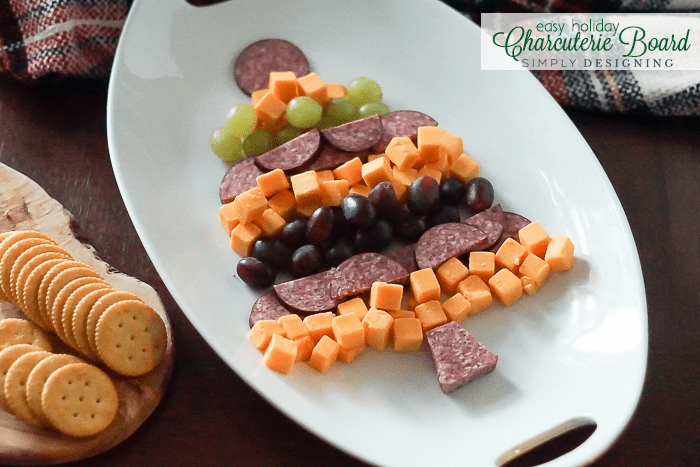 Easy Christmas Tree Holiday Charcuterie