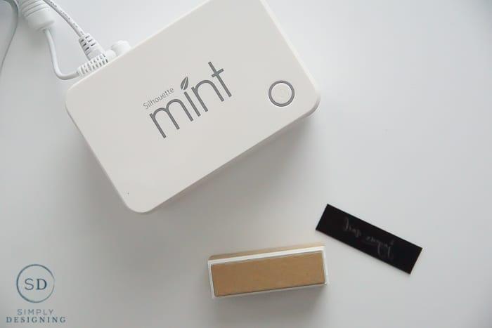 Silhouette Mint