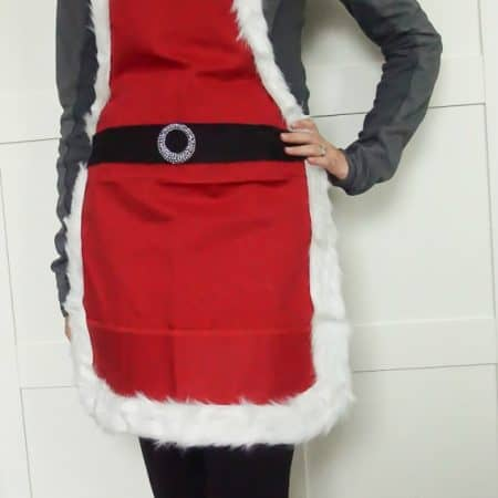 DIY Mrs. Santa Claus Apron