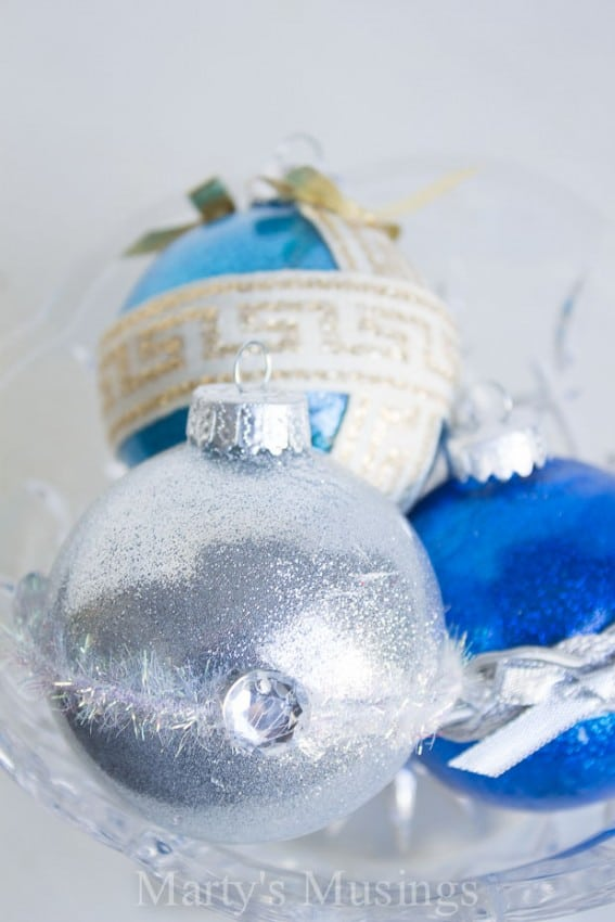 no-mess-handmade-glitter-ornaments-11
