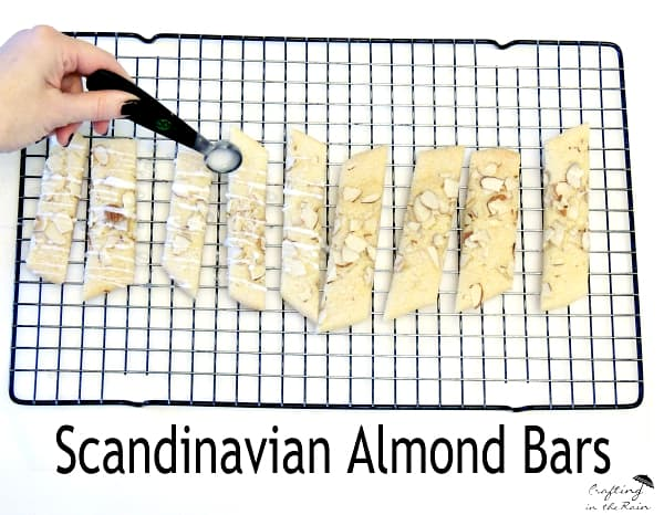 scandinavian-almond-bars