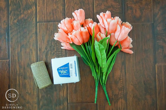 How to make a Tulip Centerpiece for Spring