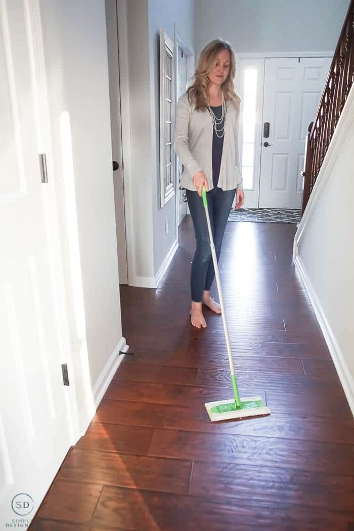 Swiffer Dry Floor Sweeper