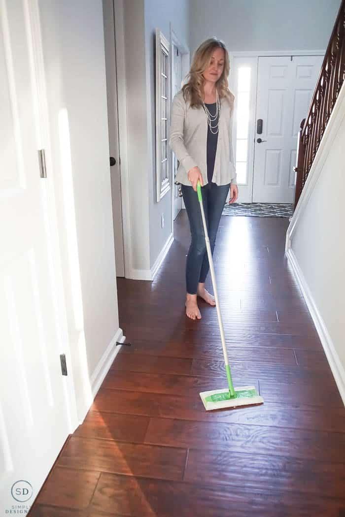 Swiffer Dry Floor Sweeper