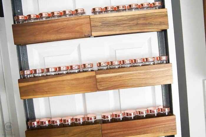 How To Build A Diy Spice Rack That Can Hang On Your Pantry