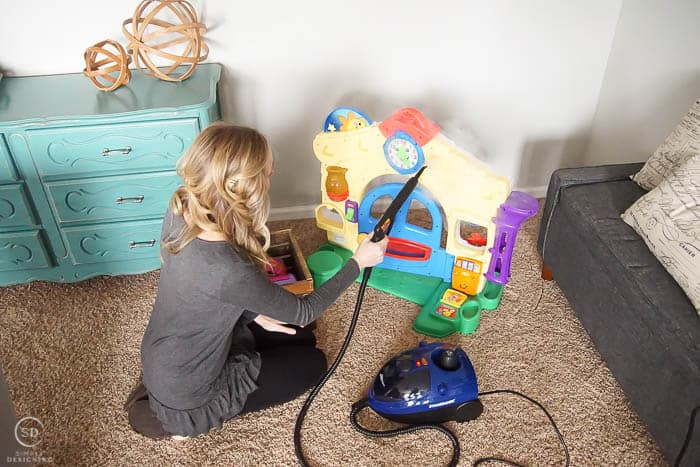 How to Clean Toys with a Steam Cleaner