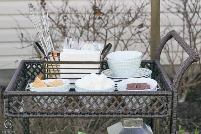 serving cart with wire caddy for silverware