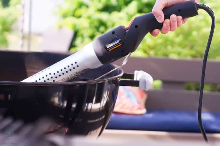 HomeRight ElectroLight gets a charcoal grill going fast