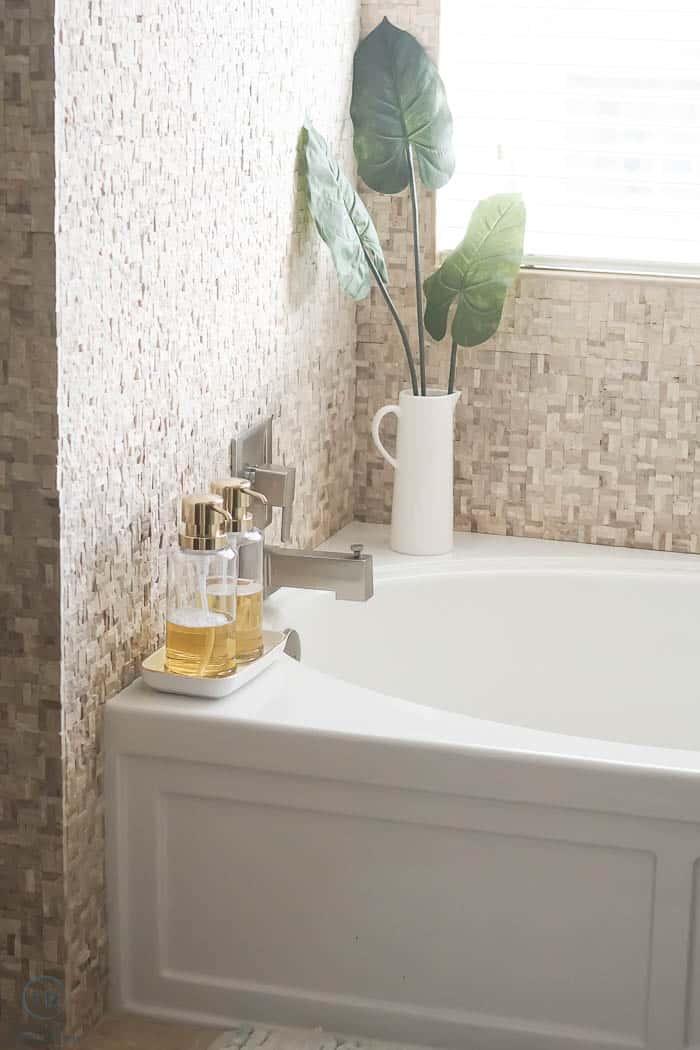 beautiful bath tub decorations