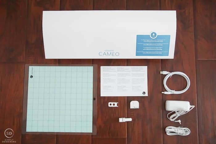 What is in a Silhouette CAMEO 3 box