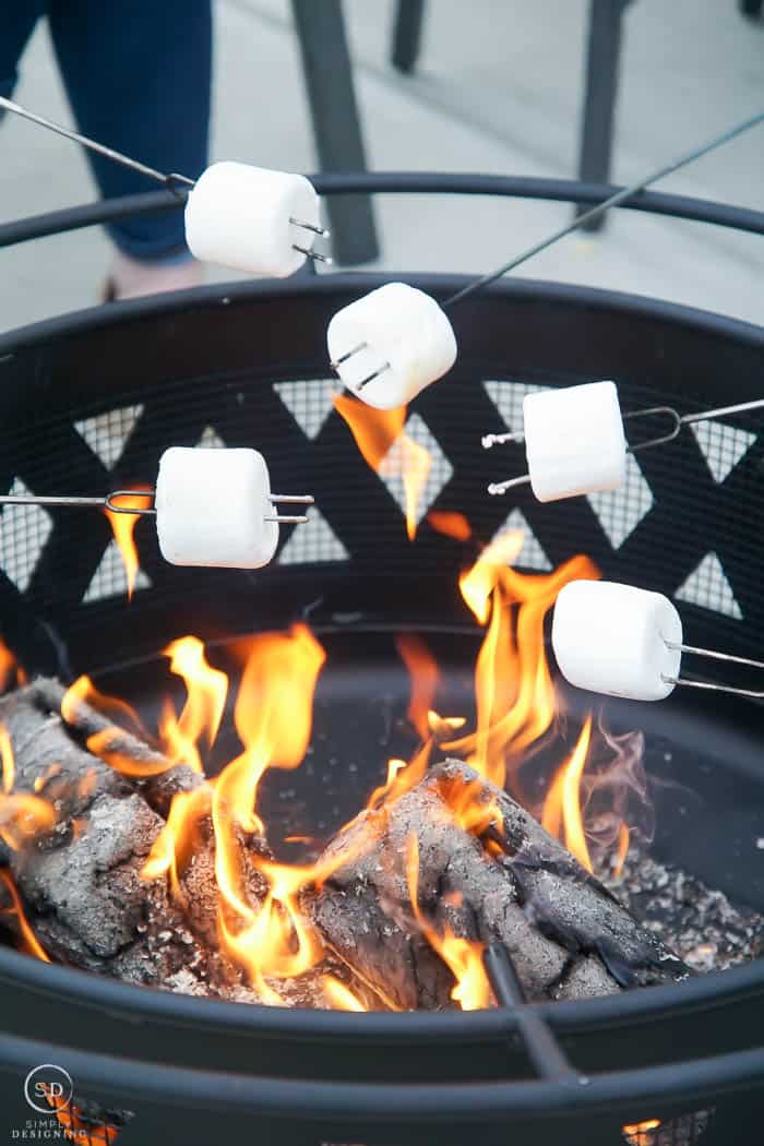 roasting marshmallows close up