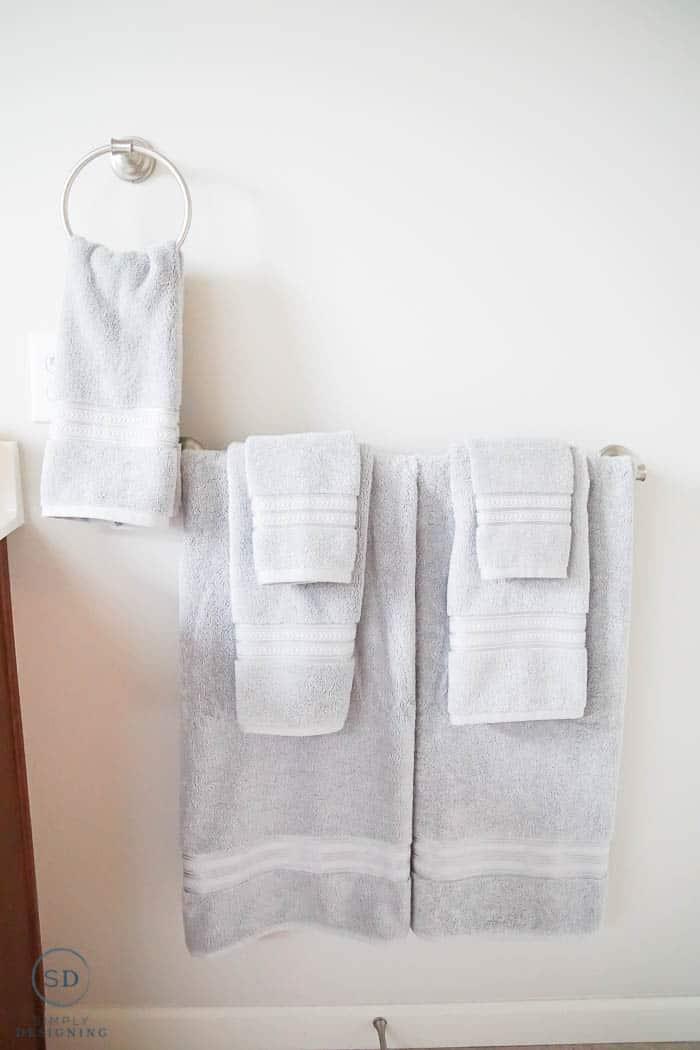 grey bathroom towels