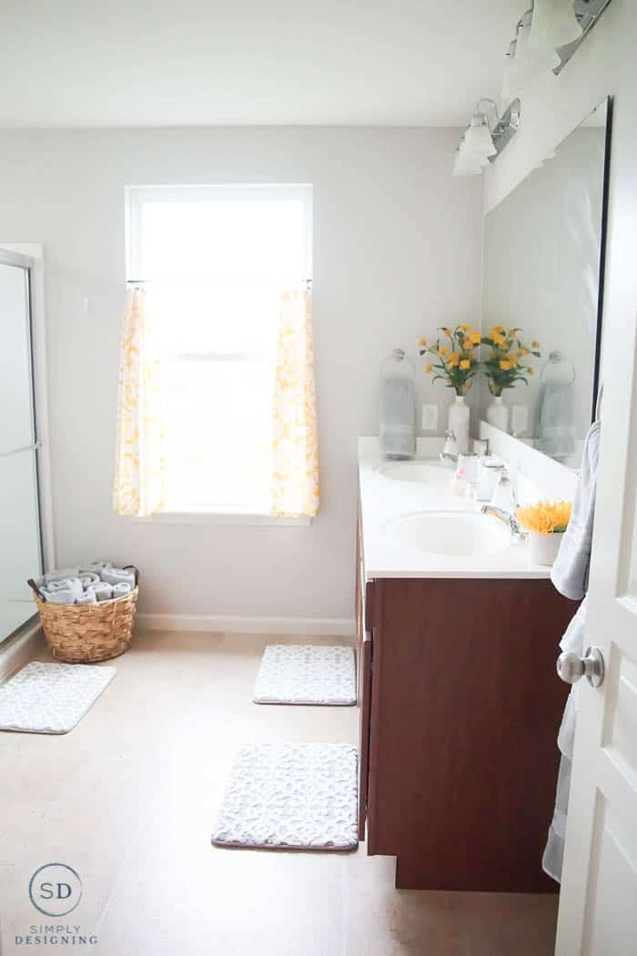 budget-friendly bathroom makeover