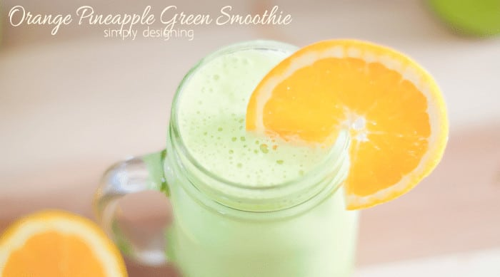 Green Smoothie (with a pineapple twist)